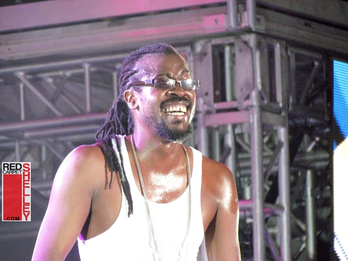 Beenie Man's Visa Issues preclude him from performing with Nicki Minaj on BET's 106 & Park