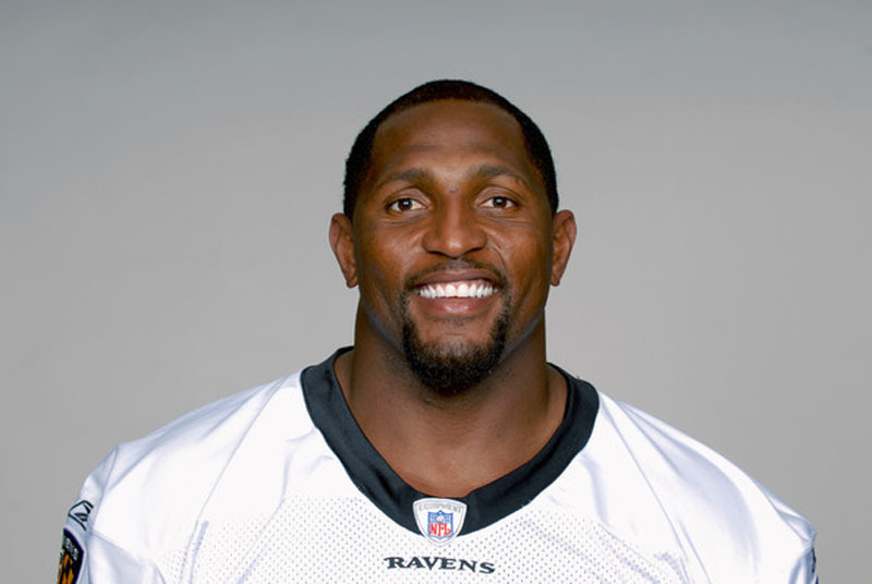 BALTIMORE RAVENS STAR RAY LEWIS TO BE HONORED