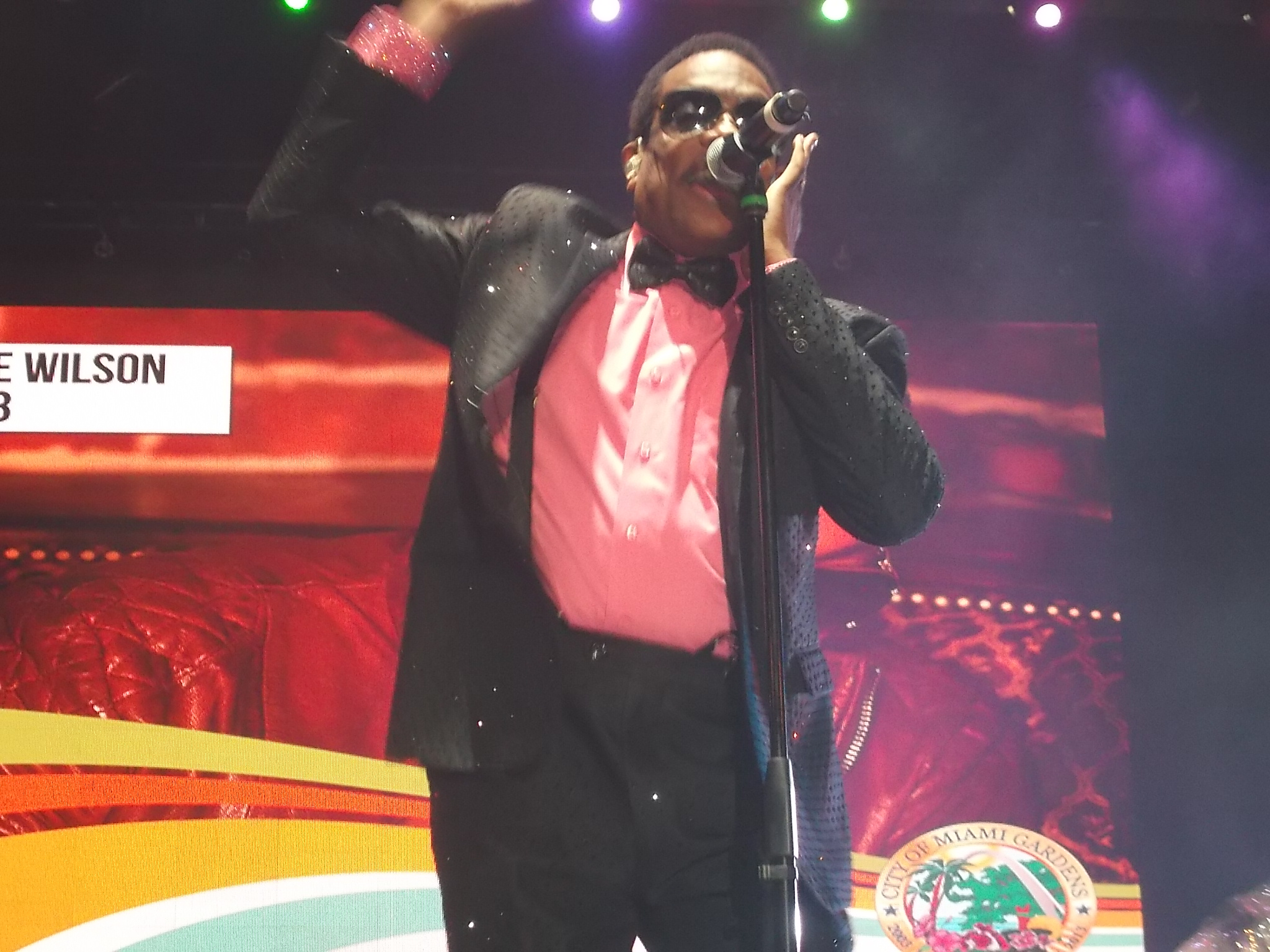 Charlie Wilson Performs at Jazz in the Gardens