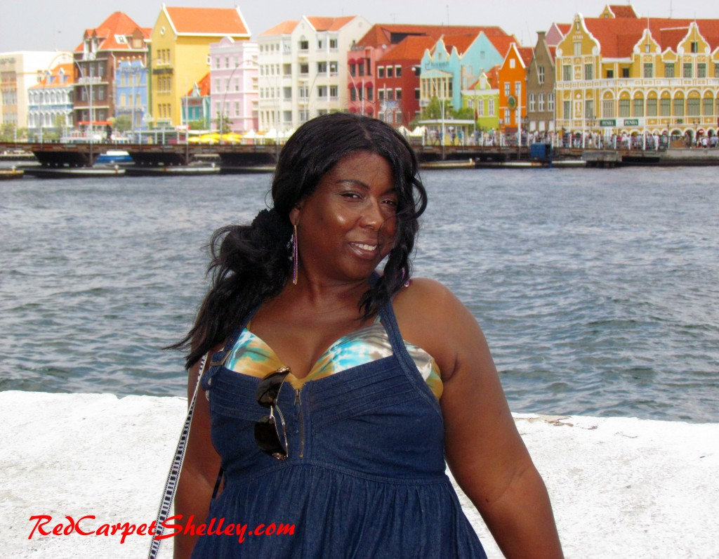 Red Carpet Shelley on the Curacao waterfront