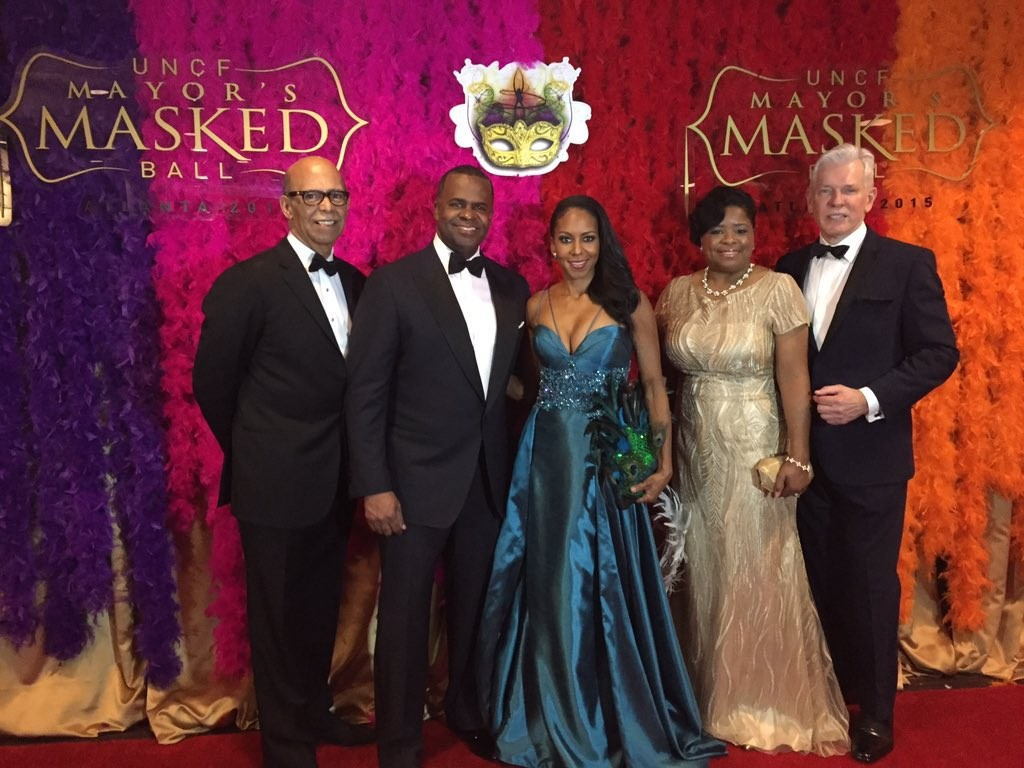 Pics Vips Attend 2015 Atlanta Uncf Mayor S Masked Ball