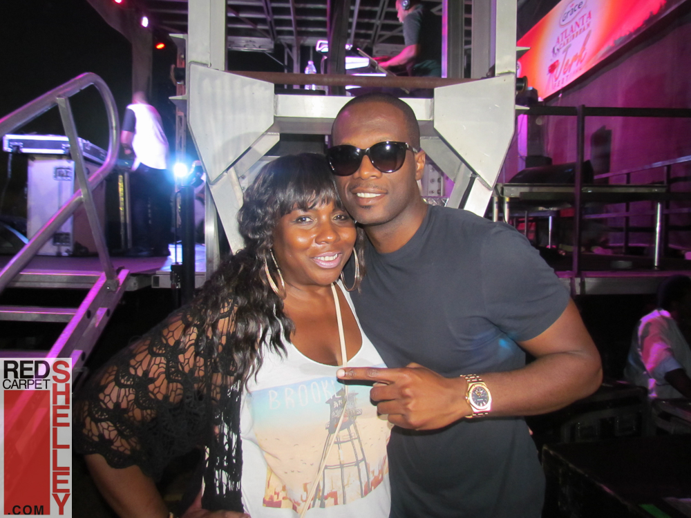 Pras, of Fuguees fame made a surprise visit